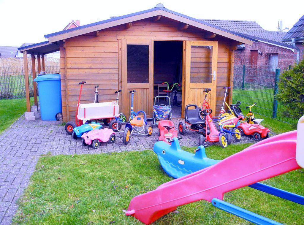 Ferienhaus Friedrichskoog Gartenhaus Spielsachen